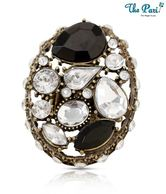 Pari Stylish Rhinestone Studded Ring