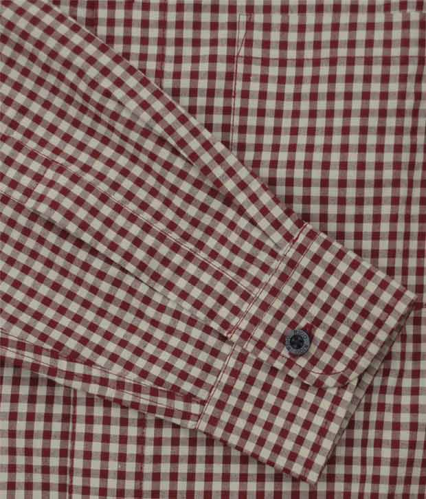 Rigo Maroon Beige Small Checks Casual Shirt