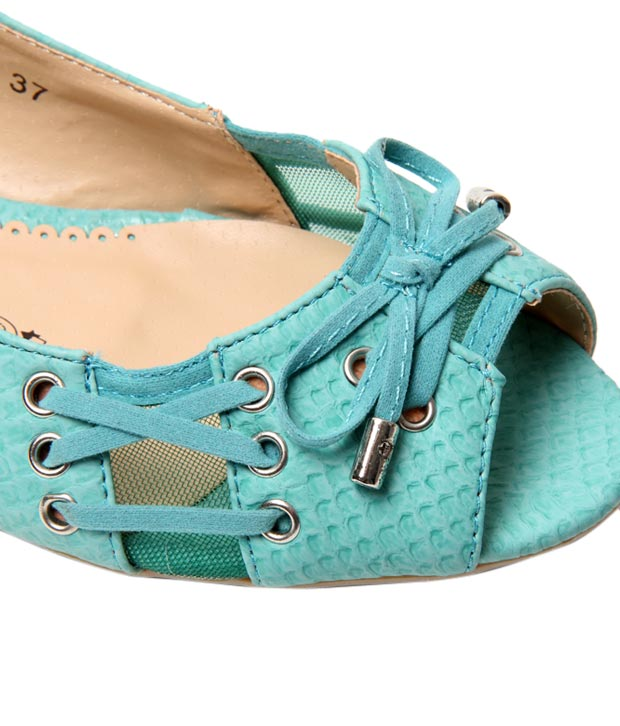 Catwalk Cool Turquoise Belly Shoes